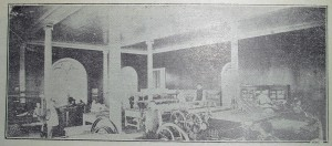 La Imprenta del Estado 1908, cuando se ubicaba en los salones de la Escuela de Artes y Oficios. Fuente: Informaciones y Memorias.